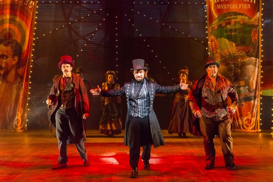 BWW Review: SOMETHING WICKED THIS WAY COMES at Delaware Theatre Company