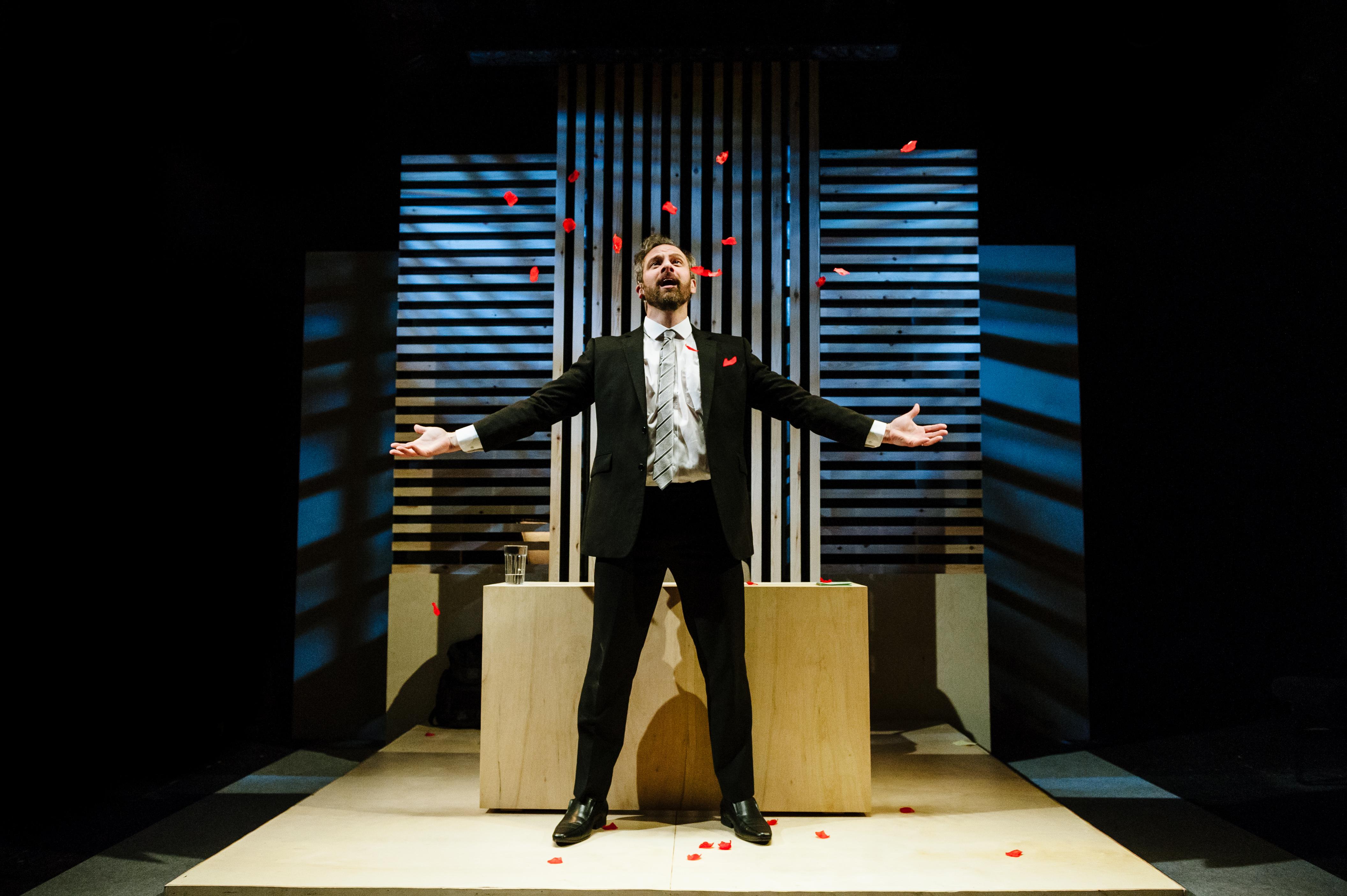 BWW Review: SUPERHERO, Southwark Playhouse