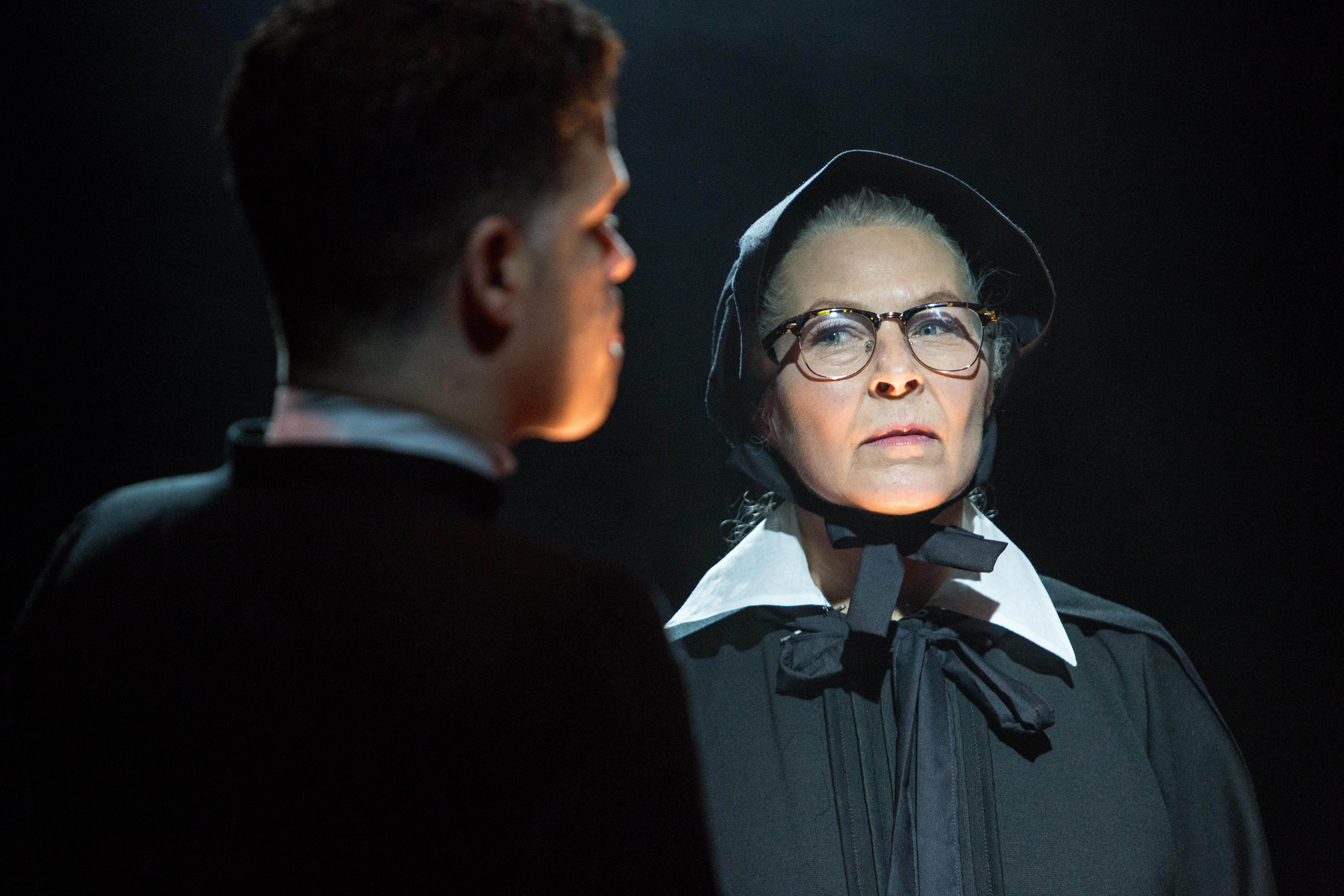 BWW Review: DOUBT, A PARABLE, Southwark Playhouse