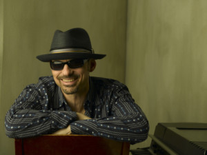 THE PIANO MAN'S PIANO MAN with Jeff Jacobs to Play Raue Center
