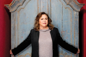 Kathleen Turner to Headline International Human Rights Art Festival This Fall