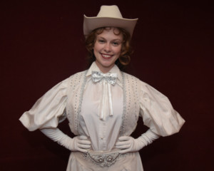 ANNIE GET YOUR GUN Gallops Into at Westchester Broadway Theatre