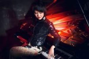 Piano Superstar Yuja Wang and Maestro Jaap van Zweden Open the HK Phil 2017-18 Season