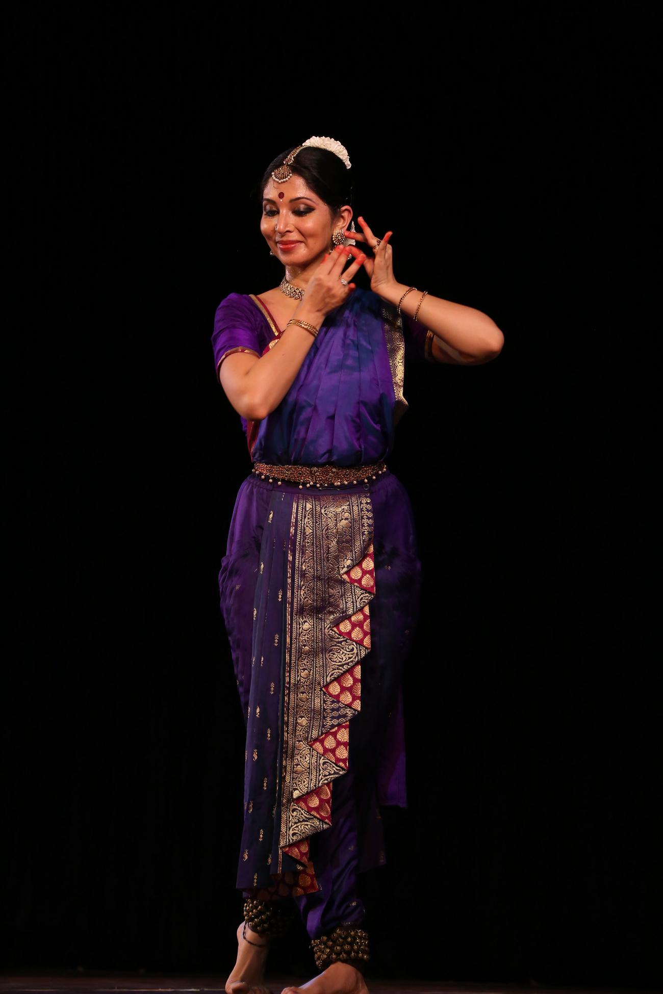 BWW Interview:  BHARATANATYAM expert Priya Venkataraman who performed in front of Barack Obama talks about the art form