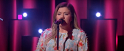 VIDEO: Kelly Clarkson Covers Use Somebody Photo