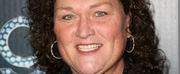 Glees Dot-Marie Jones Joins the Cast of ROCK OF AGES at New World Stages as the First Woma Photo