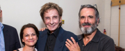 Photo Flash: Barry Manilow Visits FIDDLER ON THE ROOF IN YIDDISH