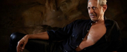 PHOTO: Jeff Goldblum Re-Creates Shirtless JURASSIC PARK Moment to Thank Fans For Registeri Photo
