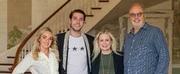 Sam Williams Signs With UMG Nashville Photo