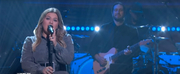 VIDEO: Kelly Clarkson Performs Lost In Your Eyes Photo