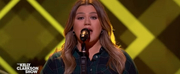 VIDEO: Kelly Clarkson Covers Home Photo