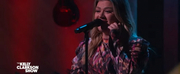 VIDEO: Kelly Clarkson Covers No Tears Left to Cry Photo