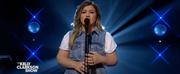 VIDEO: Kelly Clarkson Covers Lonely Photo