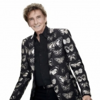 Barry Manilow and Michael Buble Postpone Upcoming Performances in Las Vegas Photo