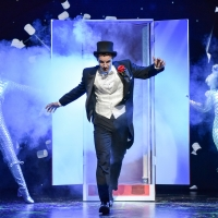 Photo Flash: Mischief Theatre Presents MAGIC GOES WRONG Photo