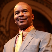David Alan Grier Joins the Cast of Netflix's DAD, STOP EMBARRASSING ME Photo