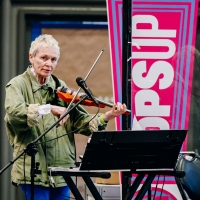 Photo Flash: Laurie Anderson, Chris Thile and More Perform in the 10th Week of NY Pop Photo