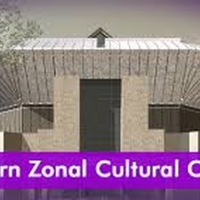 Eastern Zonal Cultural Centre Holds First Open-Air Theatre Performance Since the Lock Photo