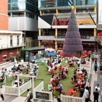 QV Melbourne's New Pop-up Bar And Christmas Hub Launches for the Season Photo