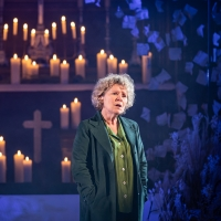 Photo Flash: First Look at Imelda Staunton, Minnie Driver and More in Donmar War Photos