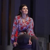 Photo Flash: Idina Menzel Stars In SKINTIGHT At Geffen Playhouse Photo