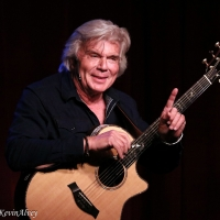Photo Flash: John Davidson Returns To Birdland With TROUBADOR