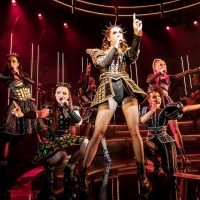 Photos: New Shots of the Queens of the SIX UK Tour!
