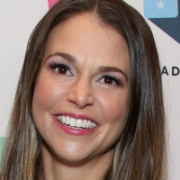 BWW Interview: Checking In with YOUNGER, THE MUSIC MAN Star Sutton Foster on National Photo