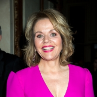 VIDEO: Renee Fleming Will Perform a Couch Concert for the Kennedy Center Tomorrow, Ma Photo