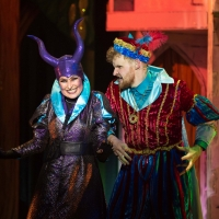 Photo Flash: ROBIN HOOD Opens At Queen's Theatre Hornchurch Photo