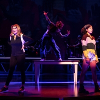 Photos: First Look at Heidi Blickenstaff, Morgan Dudley & More in JAGGED LITTLE PILL Retur Photo
