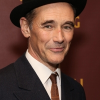 Mark Rylance, Johnny Flynn & More Will Star in Graham Moore's THE OUTFIT Photo