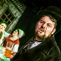 Photo Flash: First Look at A PISSEDMAS CAROL at Leicester Square Theatre