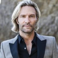 Grammy Winner Eric Whitacre Conducts First Ever Live Virtual Chorus Using Groundbreak Photo