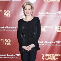 Jean Smart & Julianne Nicholson Join Kate Winslet's MARE OF EASTTOWN