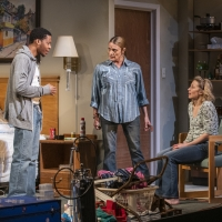 Photo Flash: First Look at Tracy Letts' BUG at Steppenwolf Photo
