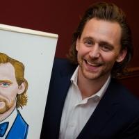 Photo Coverage: Tom Hiddleston Receives Portrait at Sardi's Photos