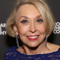 Julie Halston Will Receive the 2020 Isabelle Stevenson Tony Award Photo