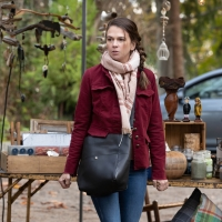 Photo Flash: Get a First Look at Sutton Foster on A MILLION LITTLE THINGS