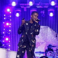 Photo Flash: See Leslie Odom Jr. Perform on NBC'S NEW YEAR'S EVE 2020