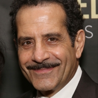 Tony Shalhoub Wins the SAG Award for Male Actor in a Comedy Series Photo