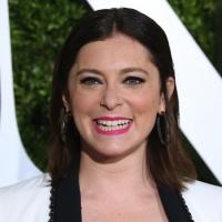 CRAZY EX-GIRLFRIEND's Rachel Bloom Wins Emmy, Announces Pregnancy