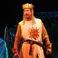 Photo Rewind: Charles Shaughnessy Stars in 2010 Production of SPAMALOT at Ogunquit Pl Photo