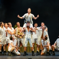 BWW Review: THE PIRATES OF PENZANCE, Palace Theatre Photo
