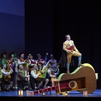 BWW Review: THE BARBER OF SEVILLE goes full circus in the Canadian Opera Company's el Photo