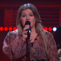 VIDEO: Kelly Clarkson Covers 'One Fine Day' Photo