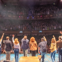 VIDEO: COME FROM AWAY Returns to The West End! Photo
