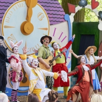 ALICE IN WONDERLAND Comes to Adelaide Botanic Garden Photo