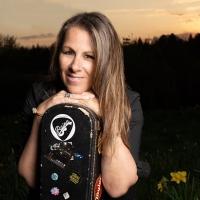Folk Singer/Songwriter Raina Krangle Releases 'West Coast Huck Finn' Photo