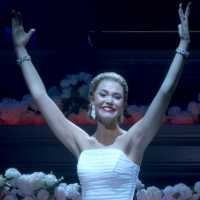 Wake Up With BWW 11/15: Taylor Swift Releases Song From CATS Film, and More!